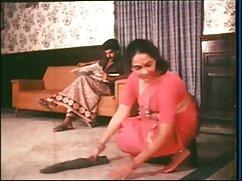 মেয়ে সমকামী স্বর্ণকেশী চেদা চিদি সুন্দরী বালিকা শ্যামাঙ্গিণী